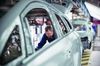 RFID tracking for automotive industry